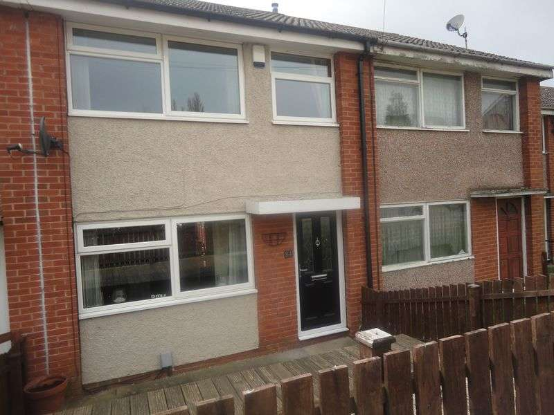 3 Bedrooms Terraced House for sale in Groves Hall Road, Dewsbury
