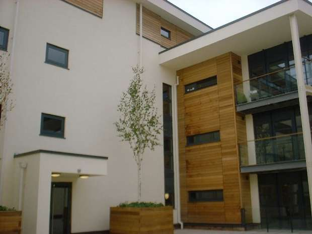 2 Bedrooms Flat for sale in Freemans Quay, DURHAM CITY