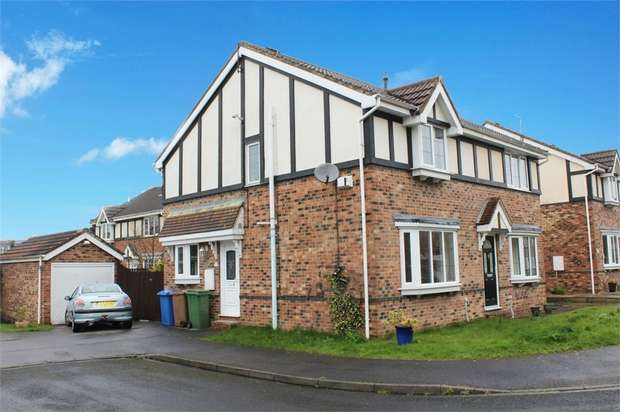 3 Bedrooms Semi Detached House for sale in St Peters View, Bilton, Hull, East Riding of Yorkshire