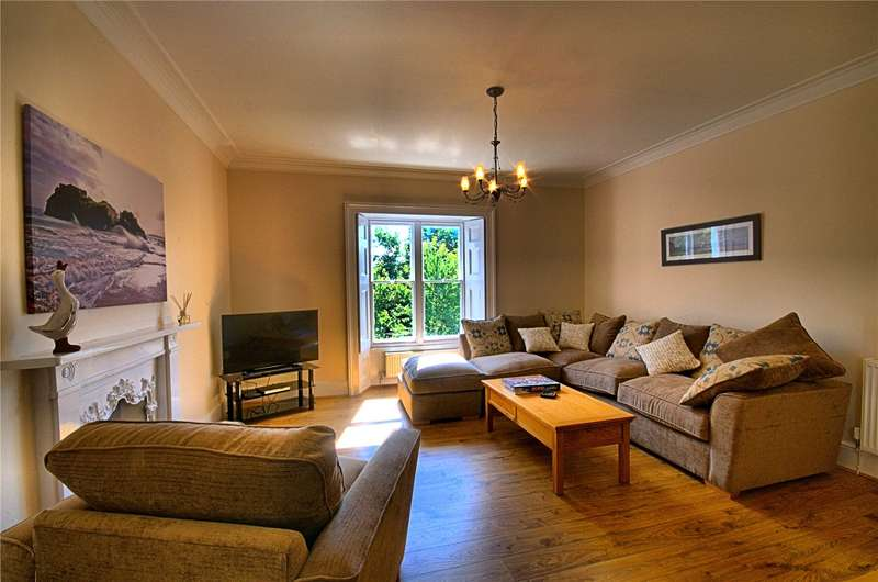 3 Bedrooms Flat for sale in Apartment 2, St. Marys House, St. Marys Hill, Heywood Lane