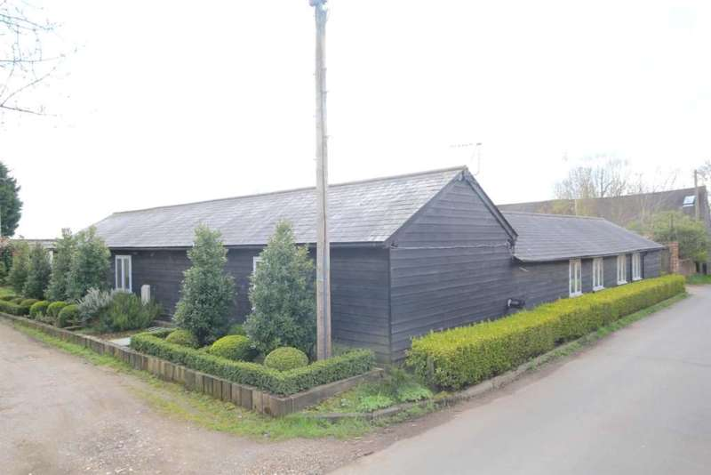 4 Bedrooms Barn Conversion Character Property for sale in DEVELOPMENT OPPORTUNITY - RARELY AVAILABLE DETACHED BARN CONVERSION