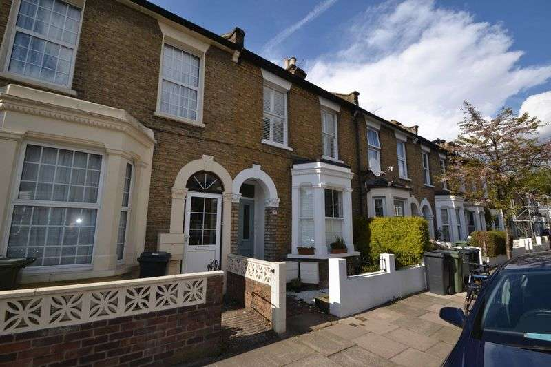 3 Bedrooms Flat for sale in Kemerton Road, Camberwell, London