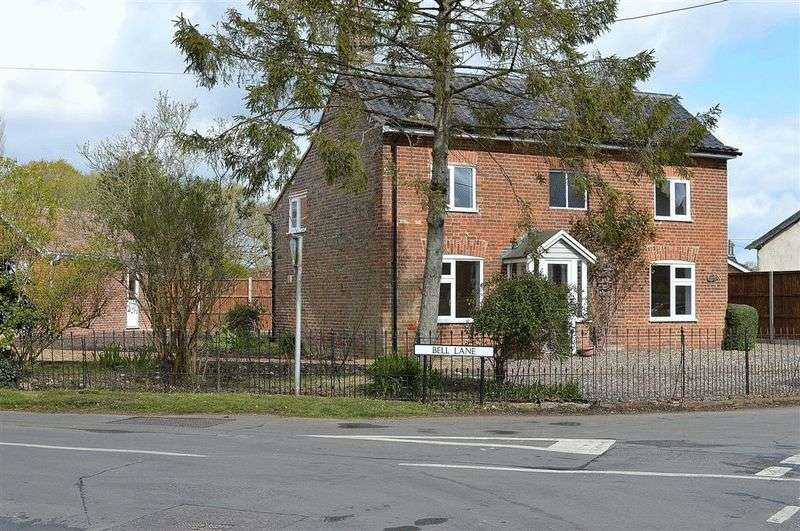 4 Bedrooms Detached House for sale in Chequers Lane Saham Toney