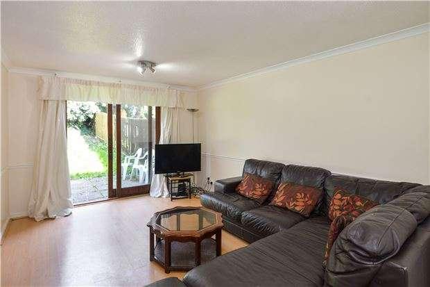2 Bedrooms Flat for sale in Green Ridges, Headington, OXFORD, OX3 8LX