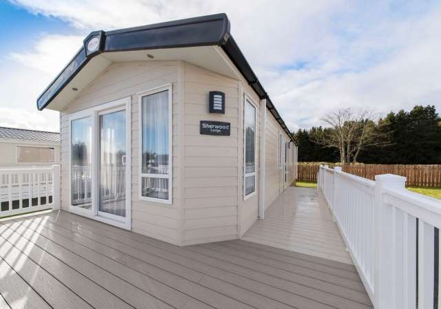 2 Bedrooms House for sale in Sherwood Grosvenor Park, Riverview, Forres, Moray, IV36 2UL