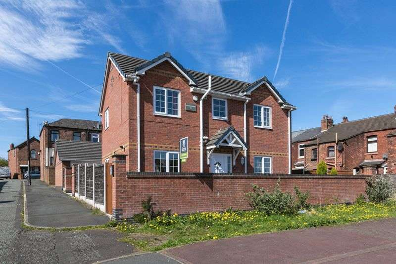 3 Bedrooms Detached House for sale in Leader Street, Ince, WN1 3JH