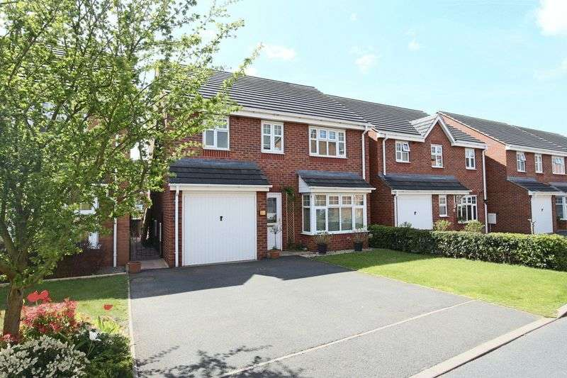 4 Bedrooms Detached House for sale in Vernon Drive, Market Drayton