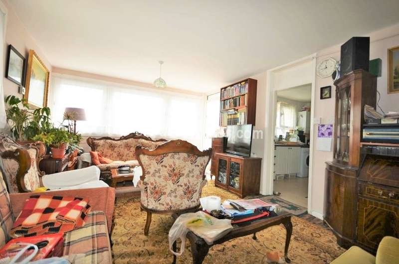 3 Bedrooms Flat for sale in Moreton Tower, Lexden Road, London W3 9NG