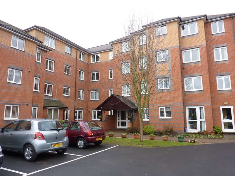 1 Bedroom Ground Flat for sale in Spencer Court, Banbury
