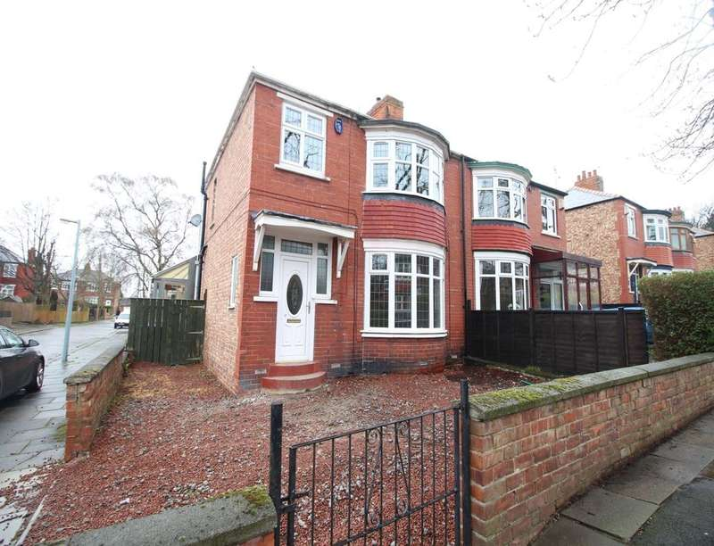 3 Bedrooms Semi Detached House for sale in Grosvenor Road, Middlesbrough, TS5