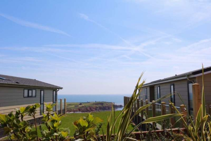3 Bedrooms Lodge Character Property for sale in Devon Cliffs Holiday Park, Exmouth