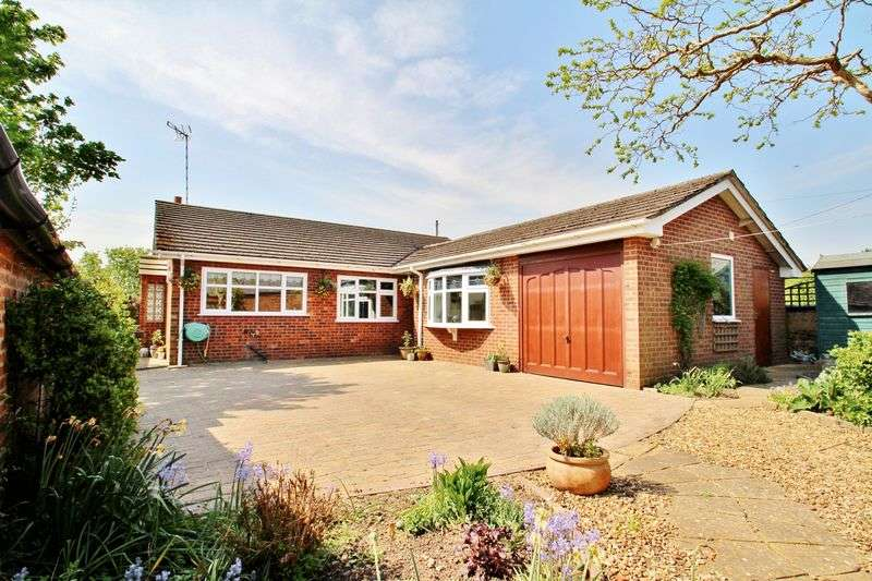 3 Bedrooms Detached Bungalow for sale in Mere Lane, Queniborough, Leicestershire