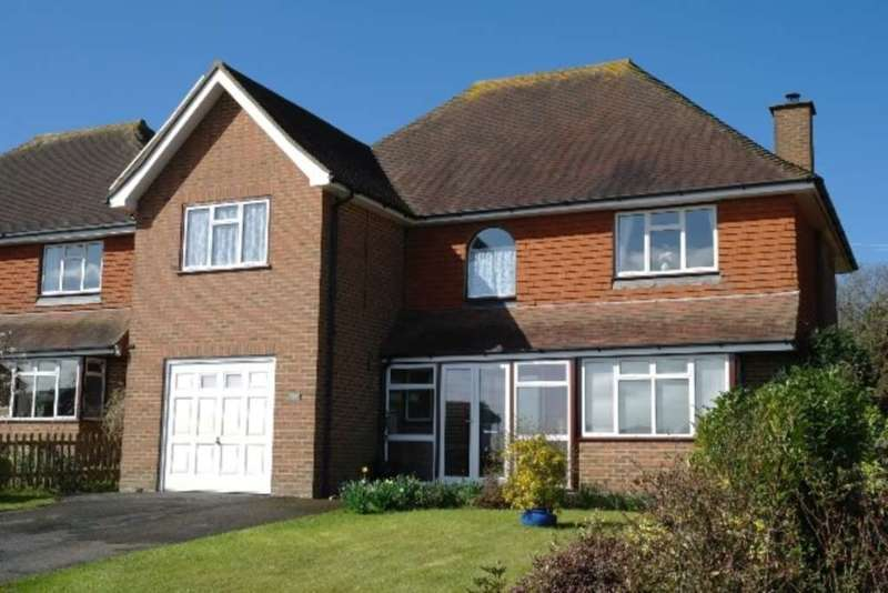 4 Bedrooms Detached House for sale in Washere Close, Berwick, Polegate