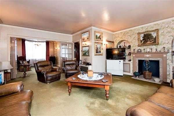 5 Bedrooms Town House for sale in Hyde Park Square, London