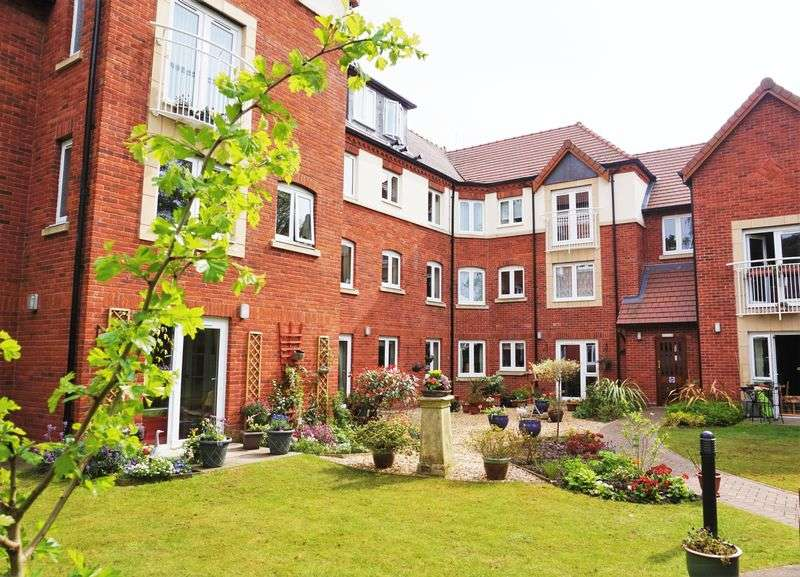 1 Bedroom Flat for sale in Lorne Court, Moseley, Birmingham