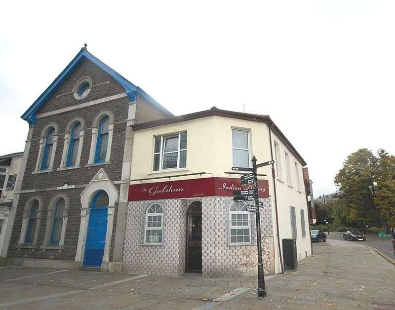 4 Bedrooms Property for sale in Gulshan Tandoori Indian Restaurant, 42 Canon Street, Aberdare, CF44 7AP