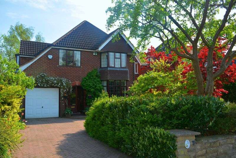 4 Bedrooms Detached House for sale in Dyott Road, Moseley - FOUR BEDROOM DETACHED FAMILY HOME IN PRIME MOSELEY LOCATION!!