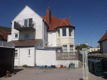 1 Bedroom Flat for sale in Estuary Cottage, Great Ormes Road, Llandudno, LL30