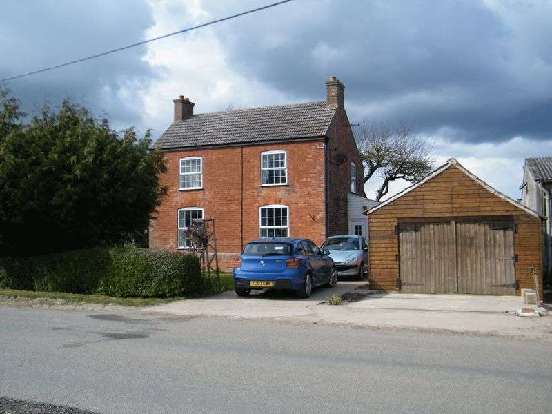 3 Bedrooms Detached House for sale in West End Road, Boston