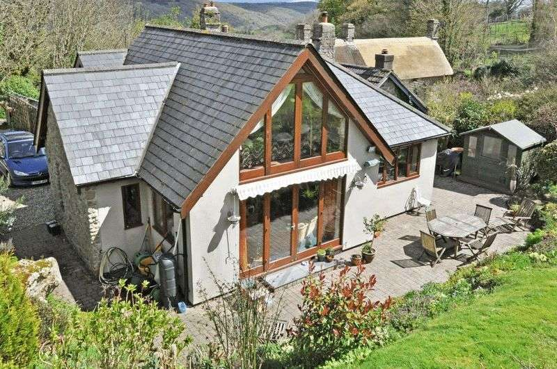 4 Bedrooms Detached House for sale in Lustleigh