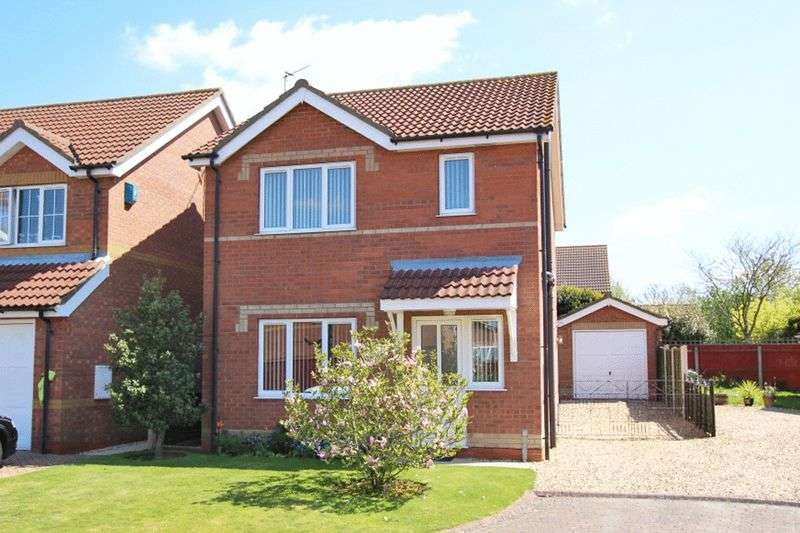 3 Bedrooms Detached House for sale in CRANBOURNE CLOSE, CLEETHORPES