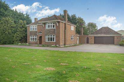 3 Bedrooms Detached House for sale in Mill Lane, Butterwick, Boston