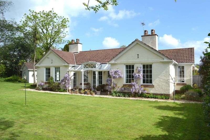 3 Bedrooms Detached Bungalow for sale in Sidford Road, Sidmouth