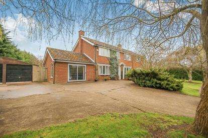 5 Bedrooms Detached House for sale in Shop Lane, Goulceby, Louth, Lincolnshire