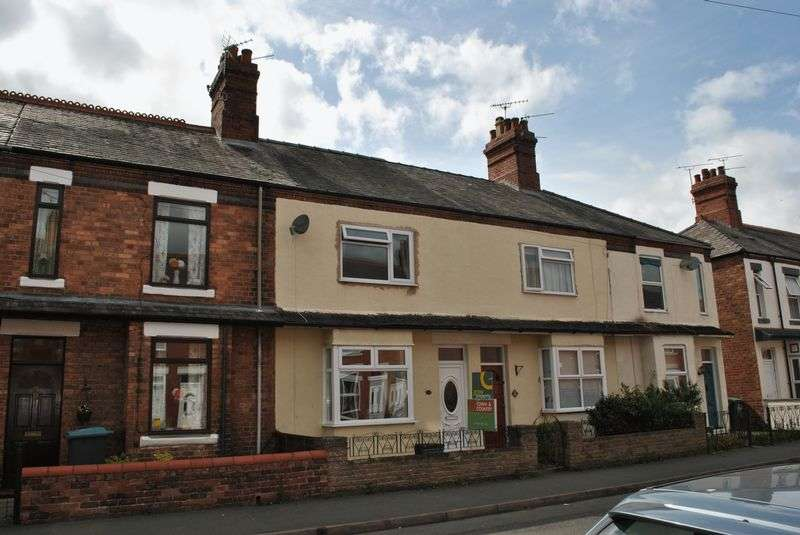 3 Bedrooms Terraced House for sale in Empress Road, Wrexham