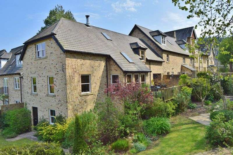 4 Bedrooms Terraced House for sale in South Park, Hexham