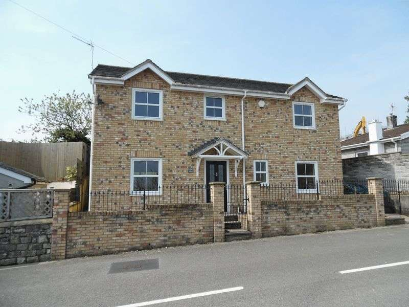 4 Bedrooms Detached House for sale in Castle View Cefn Glas Road Bridgend CF31 4PG