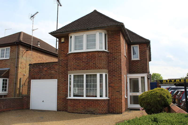 3 Bedrooms Detached House for sale in Newark Avenue, Peterborough, PE1 4NP