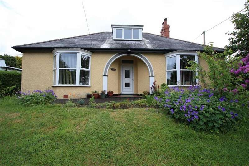 4 Bedrooms Property for sale in Llandre