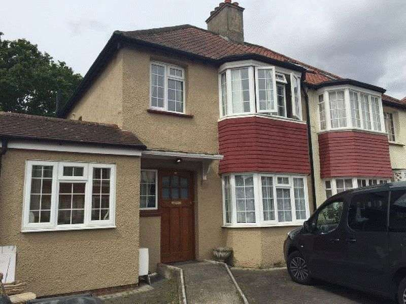 4 Bedrooms Semi Detached House for sale in Bigginwood Road, Norbury, LONDON