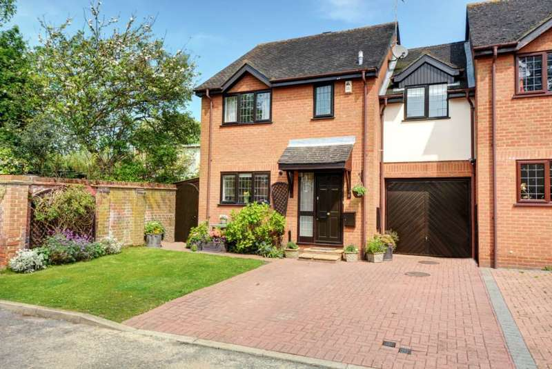 4 Bedrooms Link Detached House for sale in Booker Common NO UPPER CHAIN