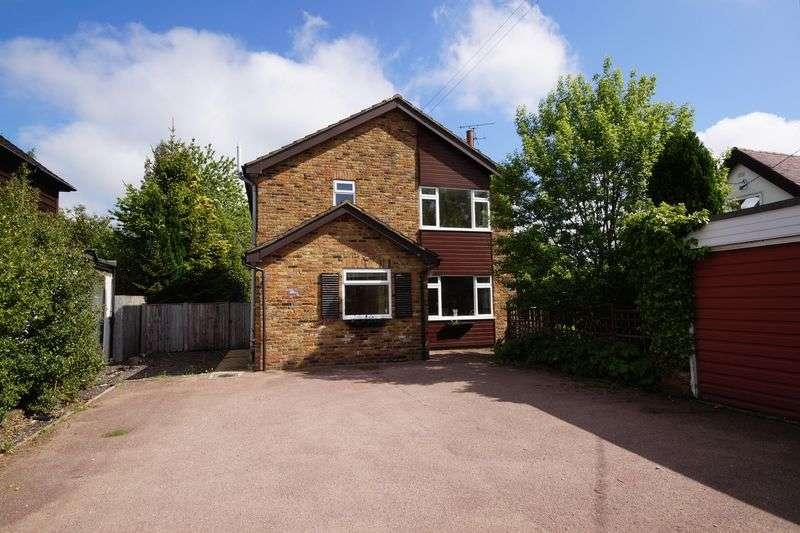 4 Bedrooms Detached House for sale in Prestwood, Great Missenden