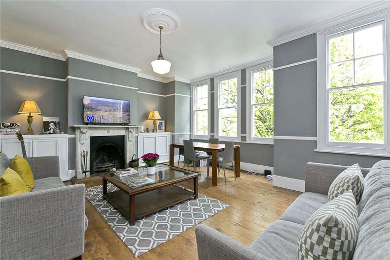 3 Bedrooms Maisonette Flat for sale in Parkholme Road, Hackney, E8