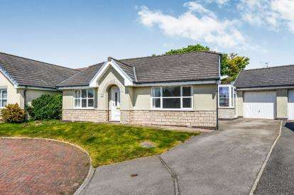 2 Bedrooms Bungalow for sale in Moon Bay Wharf, Heysham, Morecambe, LA3