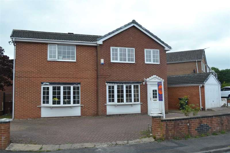 5 Bedrooms Detached House for sale in Crescent Walk, Clayton, Bradford