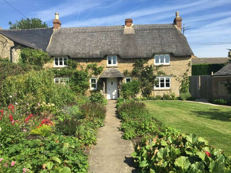 3 Bedrooms Cottage House for sale in North Street, Middle Barton