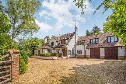 5 Bedrooms Detached House for sale in Ashwicken, King's Lynn, Norfolk