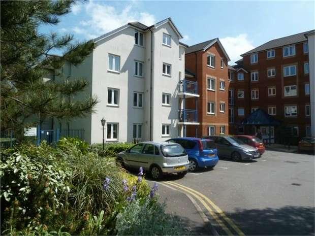 1 Bedroom Flat for sale in 30 Beach Road, Weston-Super-Mare, Somerset