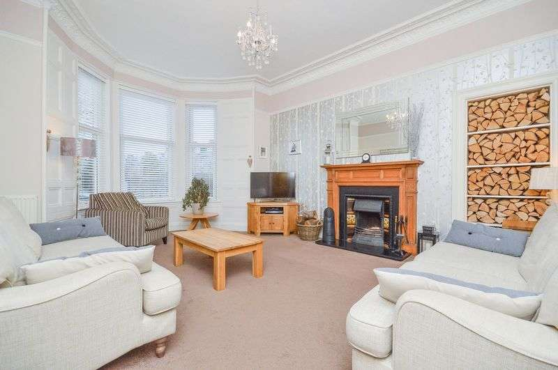 4 Bedrooms Terraced House for sale in 7 Ashgrove, Musselburgh, East Lothian, EH21 7LS