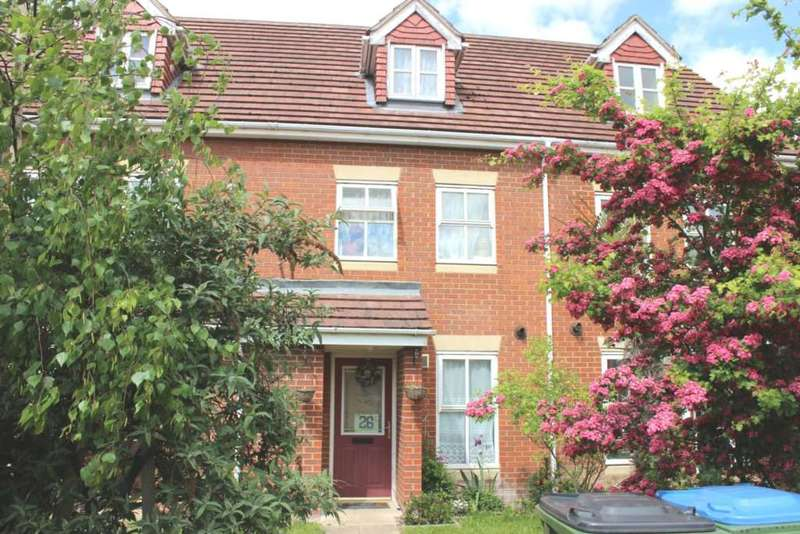 3 Bedrooms Town House for sale in Floathaven Close, Thamesmead West, SE28 8SN