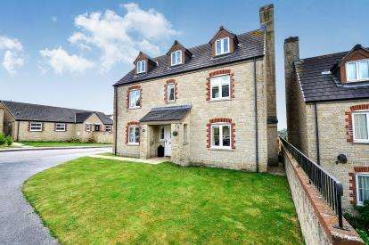 5 Bedrooms Detached House for sale in Truro, Cornwall, .