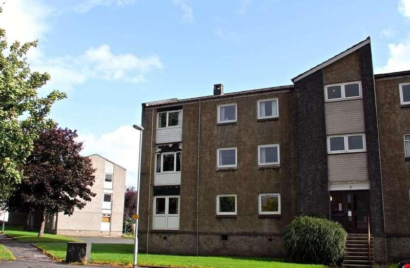 3 Bedrooms Flat for sale in Charles Avenue, Renfrew, Renfrewshire, PA4