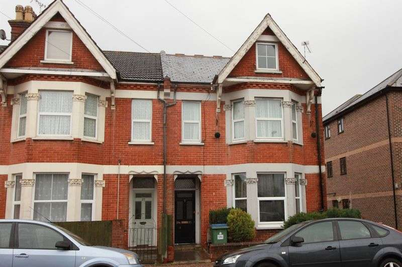 2 Bedrooms Flat for sale in Linden Road, Bognor Regis