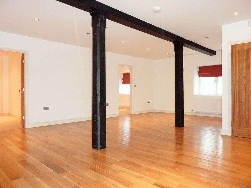 2 Bedrooms Flat for sale in Menai Quays, Water Street, Menai Bridge.
