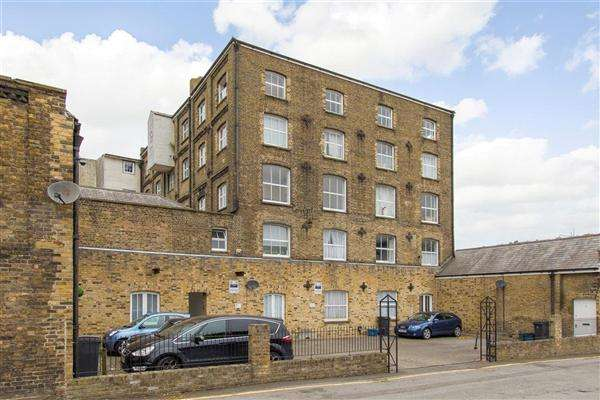 2 Bedrooms Apartment Flat for sale in The Old Flour Mill, London Road, Dover