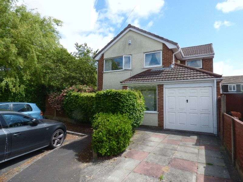 4 Bedrooms Detached House for sale in Kelk Beck Close, Maghull